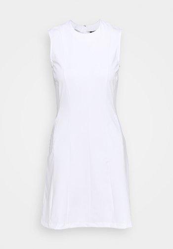 JASMIN GOLF DRESS 2-IN-1 - Sports dress - white