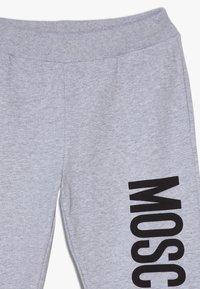 MOSCHINO - Pantalones deportivos - grigio chiaro melange - 4