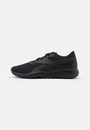 FLEXAGON ENERGY TR 3.0 MT - Zapatillas de entrenamiento - core black/footwear white