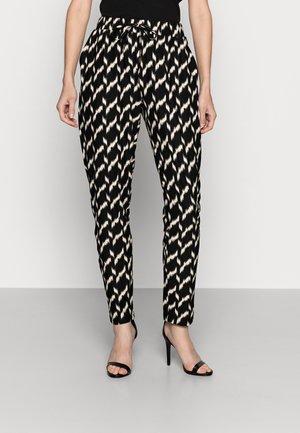 GUNBRIT - Pantalones - black