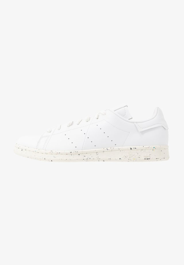 STAN SMITH PRIMEGREEN VEGAN - Sneakers basse - footwear white/offwhite/green