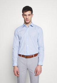 Burton Menswear London - 2 PACK FORMAL SHIRT - Camicia - blue/white - 1