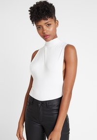 Club L London - LOW SIDE HIGH NECK BODY - Topper - white - 0