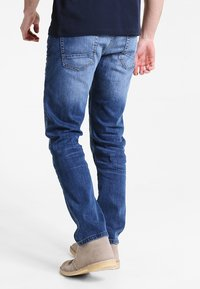 Pier One - Relaxed fit jeans - mid blue - 2