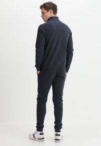 Farah - JIM ZIP - Sweatshirt - true navy marl - 2