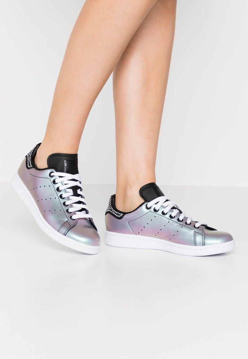 adidas Originals - STAN SMITH - Baskets basses - core black/footwear white