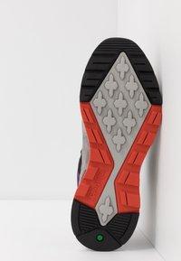 Timberland - FIELD TREKKER - Sneaker low - mediun grey - 4