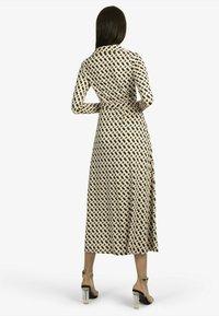 Apart - Shirt dress - schwarz-beige - 2