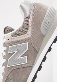 New Balance - WL574 - Trainers - grey - 2