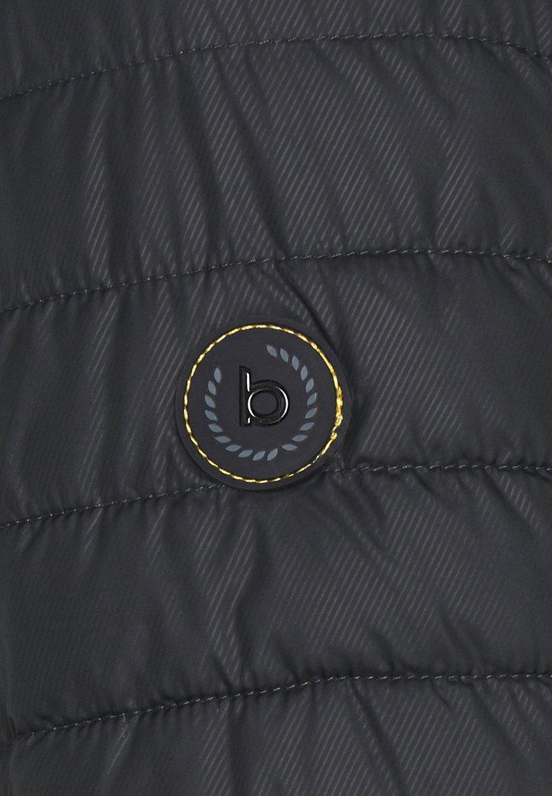 Bugatti Übergangsjacke - black/schwarz aeT3zV