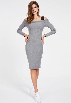 FABIANA  - Abito in maglia - gris