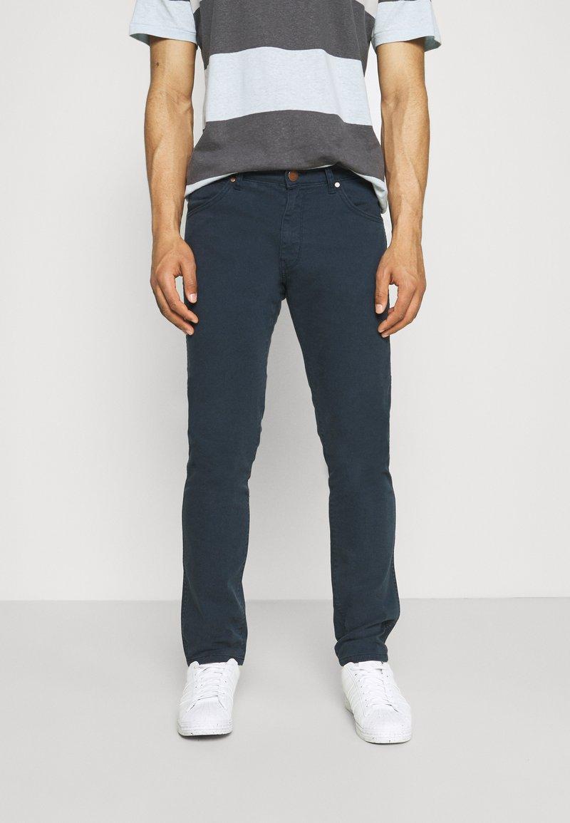 Wrangler - LARSTON - Jeans Skinny Fit - navy