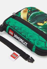 Lego Bags - CARD WALLET UNISEX - Wallet - green - 4