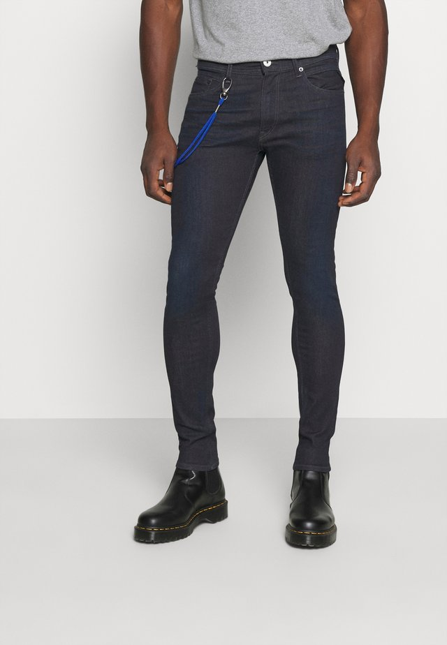 TITANIUM MAX - Vaqueros slim fit - dark blue