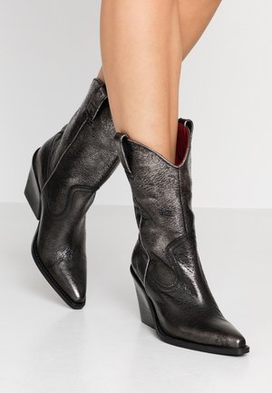 NEW KOLE  - High heeled boots - silver