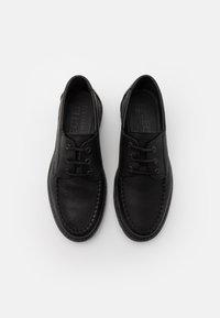 Selected Homme - SLHTIM BOAT SHOE CLEAN  - Šněrovací boty - black - 3