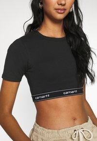 Carhartt WIP - SCRIPT CROP - Camiseta básica - black/white - 5