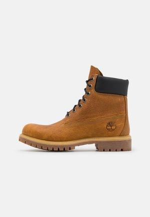 """6"""" PREMIUM - Šněrovací kotníkové boty - wheat"""