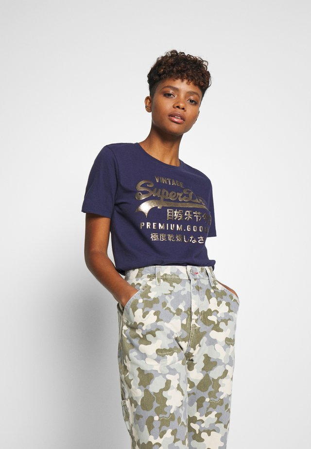 METALLIC ENTRY TEE - Print T-shirt - atlantic navy
