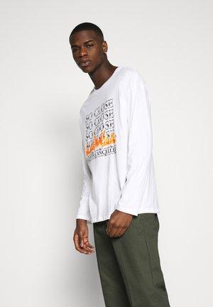 JORCLOSE CREW NECK  - Long sleeved top - white