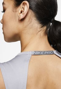 Nike Performance - Top - particle grey/black - 5
