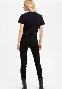 DeFacto - Jeans Slim Fit - black - 2