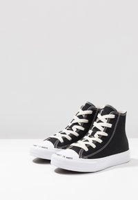 Converse - CHUCK TAYLOR ALL STAR RENEW - High-top trainers - black/natural/white - 3