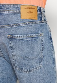 Jack & Jones - JJICHRIS JJORG  - Denim shorts - blue denim - 5