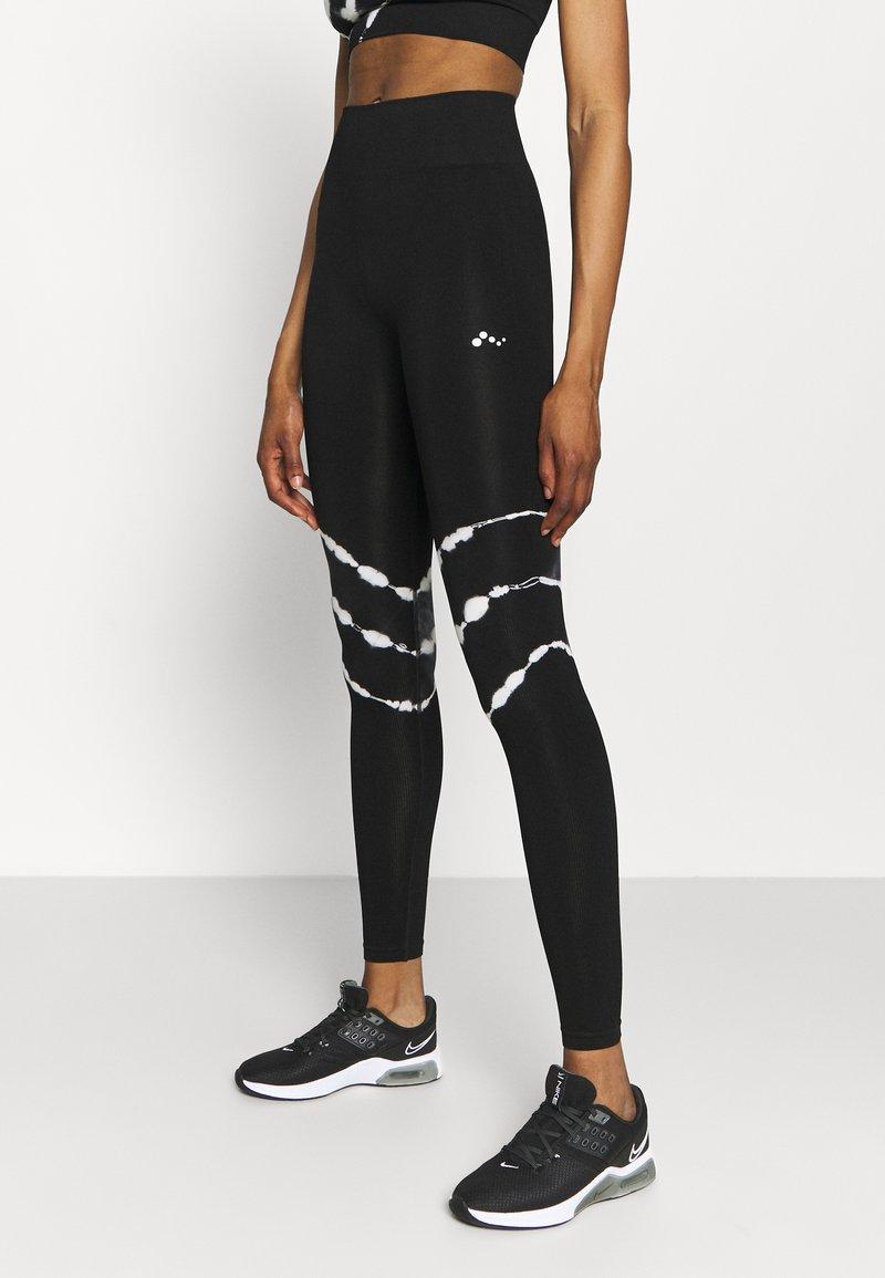 ONLY Play - ONPMIKO CIR - Leggings - black/white