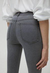 PULL&BEAR - SKINNY - Jeans Skinny Fit - dark grey - 5