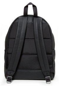 Eastpak - PADDED PAK'R/MARCH SEASONAL COLORS - Tagesrucksack - black ink leather - 3