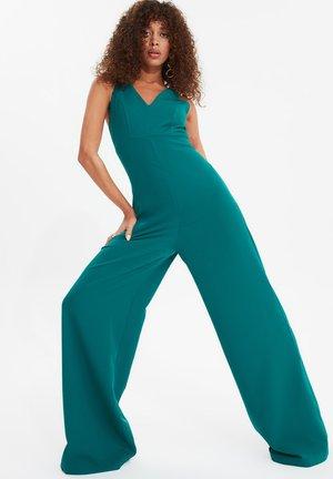 TRENDYOL TWOSS20TU0045 - Jumpsuit - green