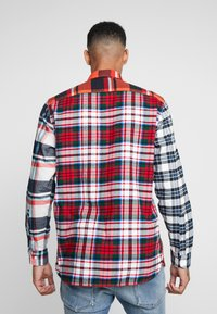 Tommy Hilfiger - LEWIS HAMILTON  MULTI CHECK SHIRT - Shirt - orange