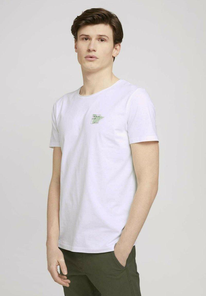TOM TAILOR DENIM - Print T-shirt - white