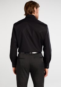 Eterna - REGULAR FIT - Camicia elegante - schwarz - 1