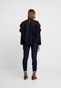 Carin Wester - BLOUSE ABIA - Blouse - black - 2