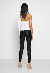 Missguided - VICE HIGH WAISTED COATED - Broek - black - 2