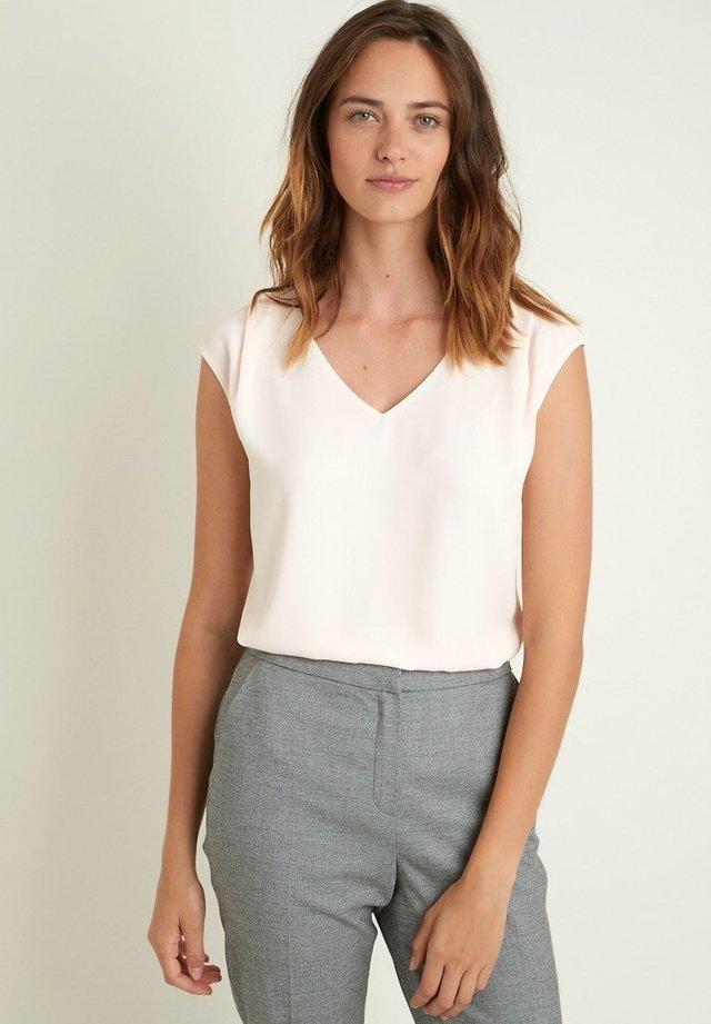 Top - rose pâle