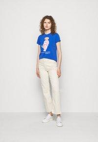 Polo Ralph Lauren - T-shirt con stampa - new iris blue - 1