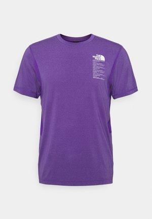 GLACIER TEE - Print T-shirt - mottled purple