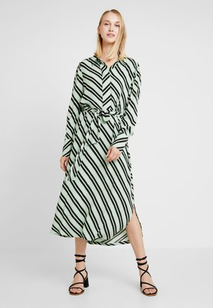 SLFPIXIE FLORENTA MIDI DRESS - Maxi šaty - laurel green