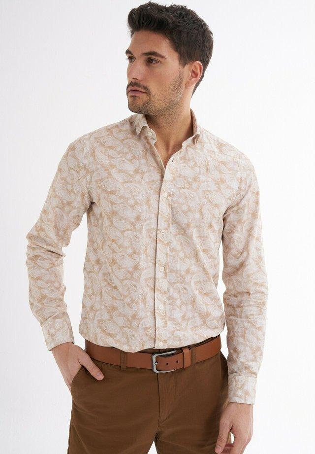 LUCA BEDRUCKT - Shirt - beige