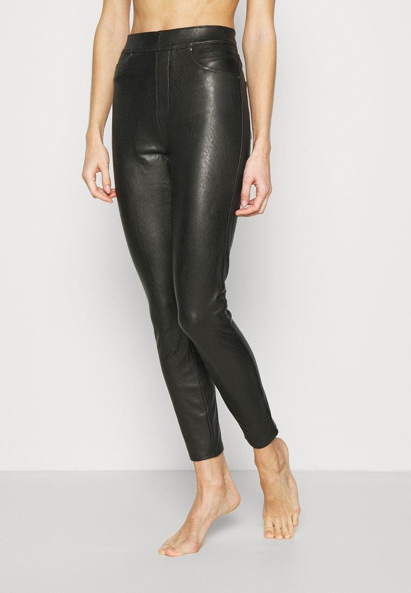 Spanx - LIKE PANT - Leggings - classic black
