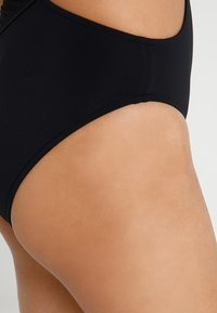 Seafolly - ACTIVE ONE SHOULDER MAILLOT - Swimsuit - black - 4