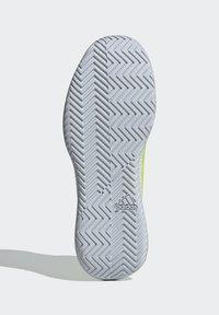 adidas Performance - DEFIANT GENERATION  - Multicourt tennis shoes - yellow - 4
