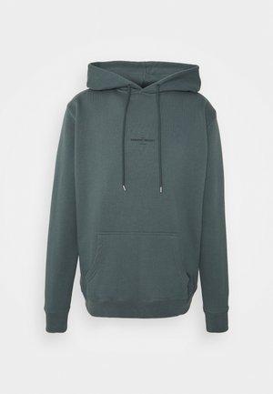 Sweater - balsam green