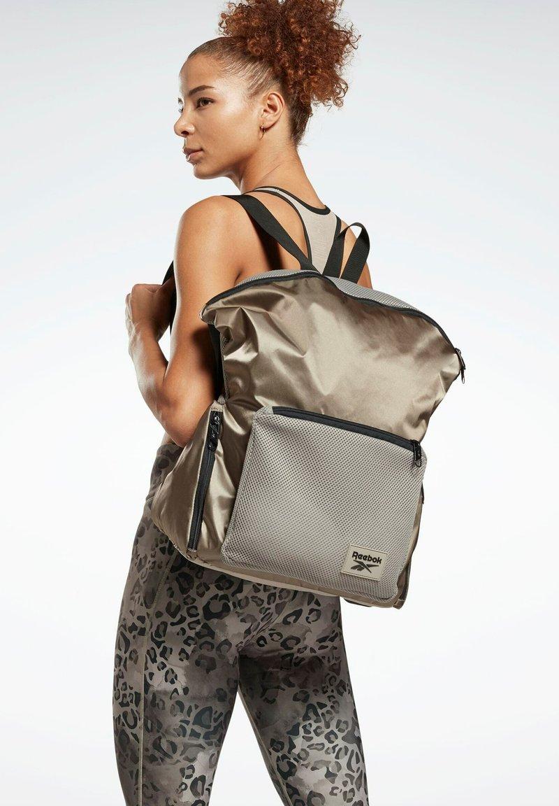 Reebok - TECH STYLE ONE SERIES TRAINING - Backpack - grey