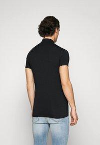 Antony Morato - PLATE ON FRONT - Polo shirt - black - 2