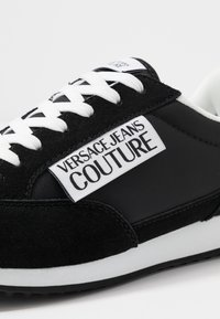 Versace Jeans Couture - Sneakersy niskie - black - 5