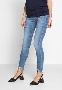 Pietro Brunelli - DEREK - Slim fit jeans - light wash - 0